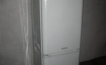 Вздулась стенка холодильника