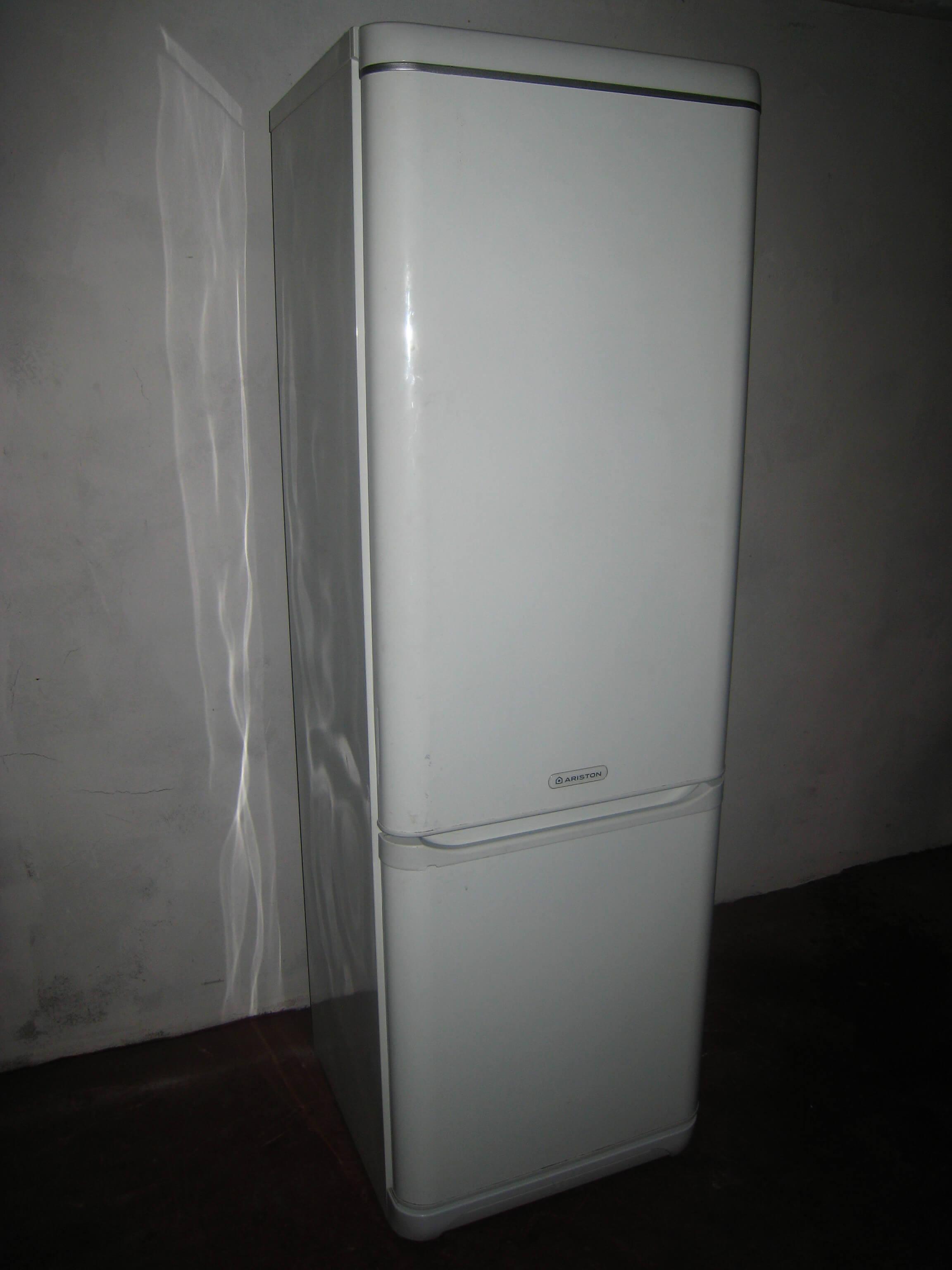 Ремонт вздутой стенки холодильника