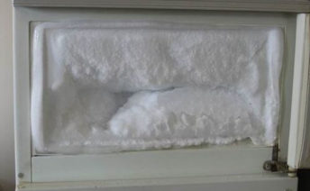 Холодильник сильно морозит